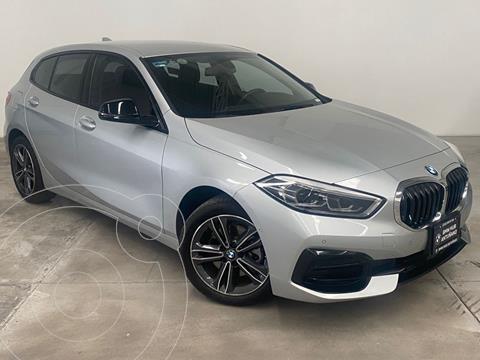 BMW Serie 1 Sedan Sedan 118iA Sport Line usado (2020) color Gris precio $599,000