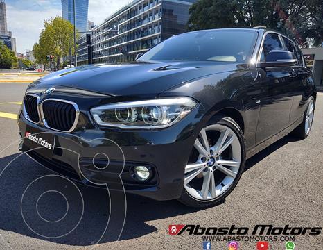 BMW Serie 1 118i Sport Line 5P usado (2017) color Negro Zafiro precio u$s23.900