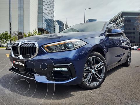 BMW Serie 1 118i Sport Line 5P Aut usado (2020) color Azul Medianoche precio u$s42.900