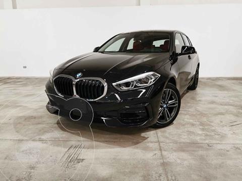 BMW Serie 1 3P 120i M Sport usado (2021) color Negro precio $717,900