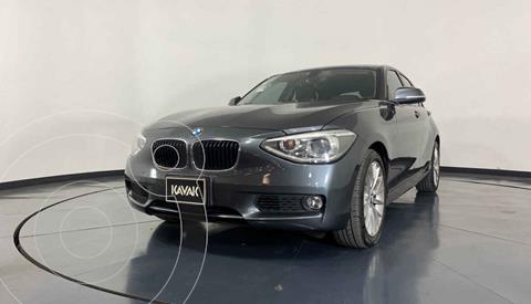 BMW Serie 1 5P 118iA usado (2014) color Gris precio $237,999