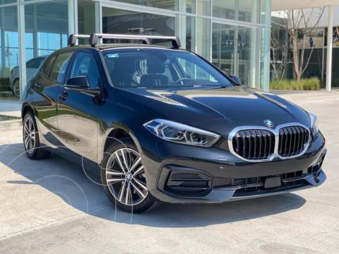 BMW Serie 1 3P 118iA usado (2021) color Negro precio $718,211