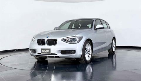 BMW Serie 1 118iA usado (2015) color Plata precio $229,999