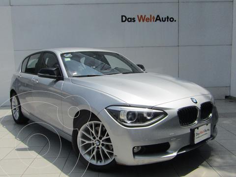 BMW Serie 1 5P 118iA usado (2015) color Plata Hielo precio $229,000