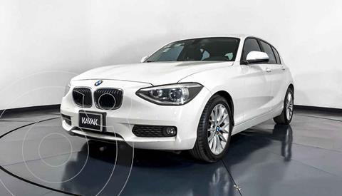 BMW Serie 1 5P 118iA usado (2015) color Blanco precio $252,999