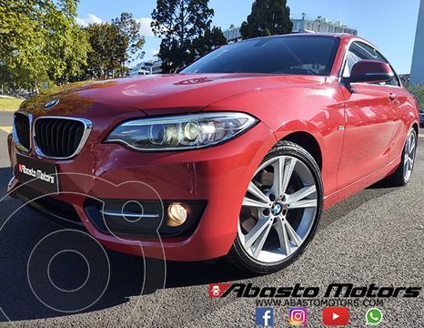 BMW Serie 2 220i Sport Line usado (2017) color Rojo Melbourne precio u$s34.900