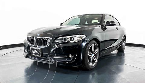 BMW Serie 2 220iA Convertible Sport Line Aut usado (2016) color Blanco precio $342,999