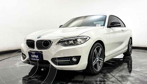 BMW Serie 2 220iA Convertible Sport Line Aut usado (2016) color Blanco precio $327,999