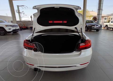 BMW Serie 2 220iA Sport Line Aut usado (2017) color Blanco precio $379,000