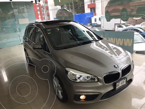 BMW Serie 2 Gran Tourer Luxury Line 220iA Aut usado (2017) color Plata Dorado precio $369,900