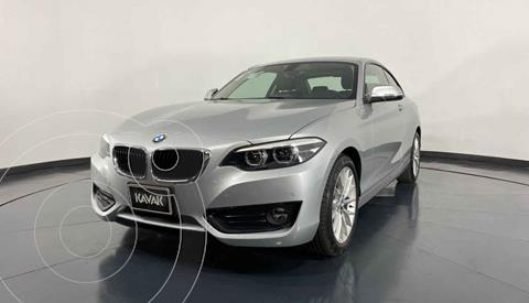 BMW Serie 2 220iA Executive Aut usado (2018) color Plata precio $377,999