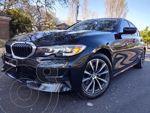 BMW Serie 3 320i SportLine Aut usado (2021) color Negro Zafiro precio u$s53.900