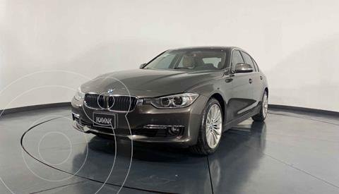 BMW Serie 3 320i Sport Line  usado (2013) color Cafe precio $314,999