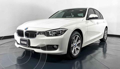 BMW Serie 3 320iA usado (2015) color Blanco precio $289,999