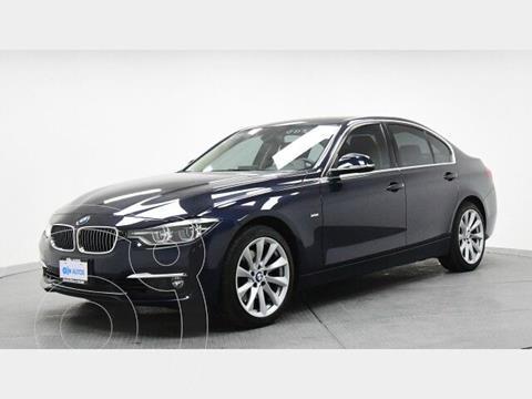 BMW Serie 3 330iA Luxury Line usado (2017) color Azul precio $426,400