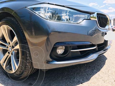 BMW Serie 3 320iA Sport Line usado (2017) color Azul Imperial precio $370,000