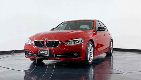 BMW Serie 3 320i Sport Line  usado (2017) color Rojo precio $405,999