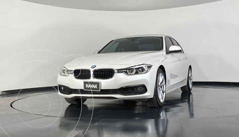 BMW Serie 3 320iA Executive usado (2018) color Blanco precio $417,999
