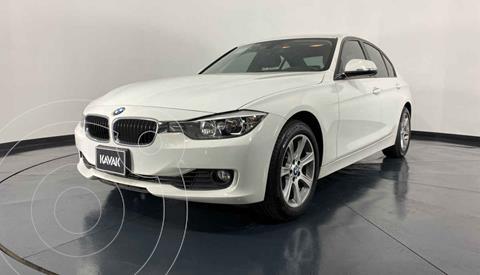 BMW Serie 3 320iA usado (2015) color Blanco precio $282,999