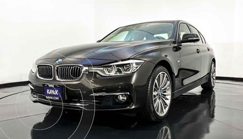 BMW Serie 3 330iA Luxury Line usado (2016) color Gris precio $367,999