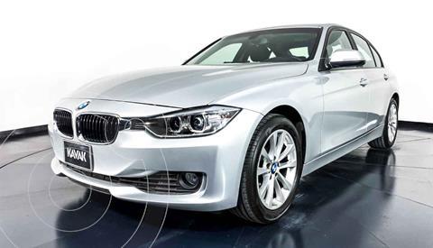 BMW Serie 3 320i Sport Line  usado (2013) color Plata precio $272,999