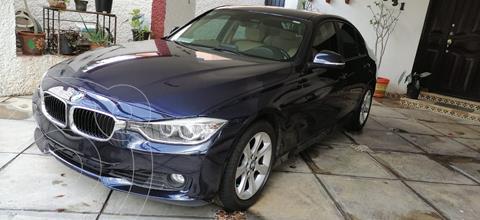 BMW Serie 3 320i Modern Line  usado (2015) color Azul Imperial precio $235,000