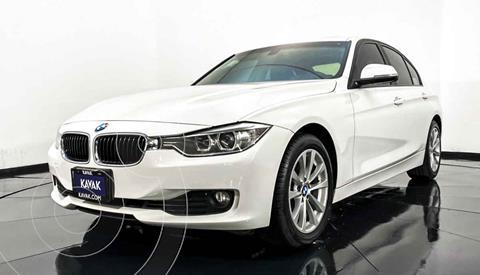 BMW Serie 3 320i Sport Line  usado (2013) color Blanco precio $279,999