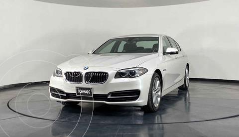 BMW Serie 5 520iA usado (2016) color Blanco precio $374,999