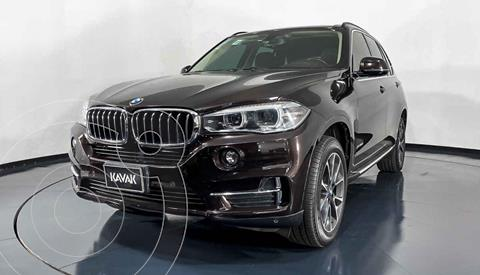 BMW X5 xDrive35iA Excellence usado (2016) color Cafe precio $539,999