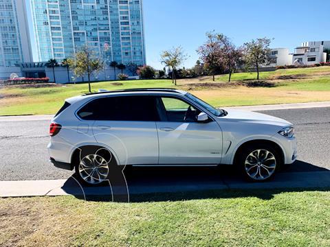 BMW X5 xDrive50iA Excellence usado (2018) color Blanco Mineral precio $819,000