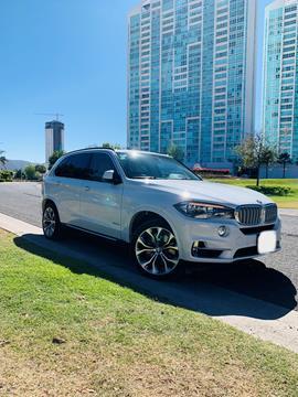 BMW X5 xDrive50iA Excellence usado (2018) color Blanco Mineral precio $799,000