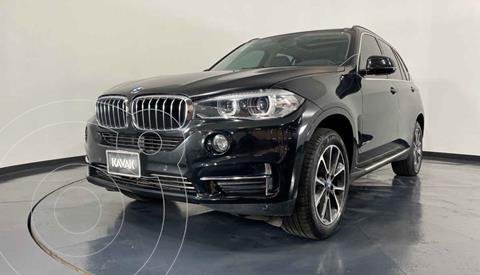 BMW X5 xDrive35iA Excellence usado (2015) color Negro precio $459,999