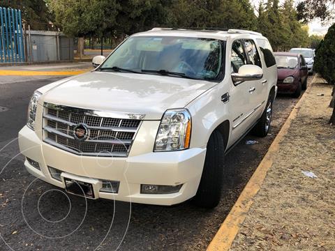 Cadillac Escalade ESV Platinum usado (2014) color Blanco precio $380,000