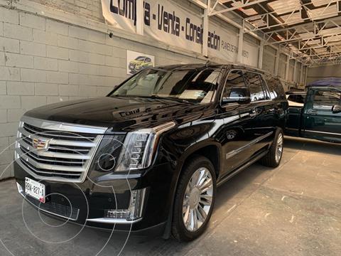 Cadillac Escalade ESV Platinum usado (2016) color Plata Dorado precio $787,000
