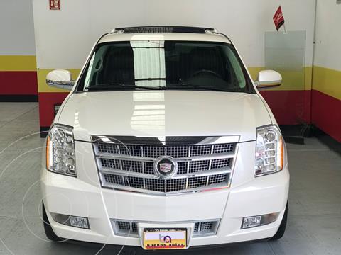 Cadillac Escalade ESV Paq P Platinum usado (2012) color Blanco Diamante precio $349,900