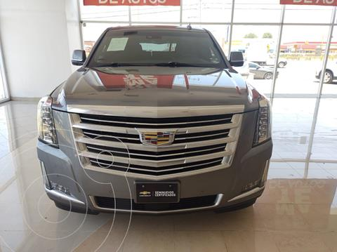 Cadillac Escalade ESV Platinum usado (2018) color Gris precio $910,000