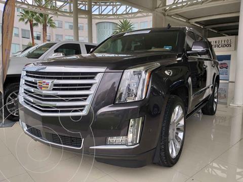Cadillac Escalade 4x4 Platinum usado (2017) color Gris precio $900,000