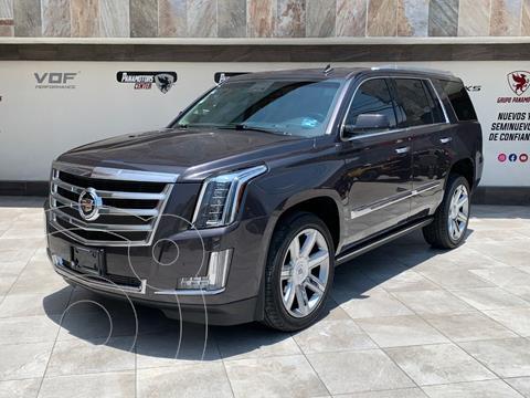 Cadillac Escalade Paq P 4x4 Premium usado (2015) color Gris Oscuro precio $685,000