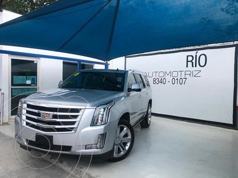 Cadillac Escalade Paq P 4x4 Premium usado (2015) color Plata Dorado precio $649,000