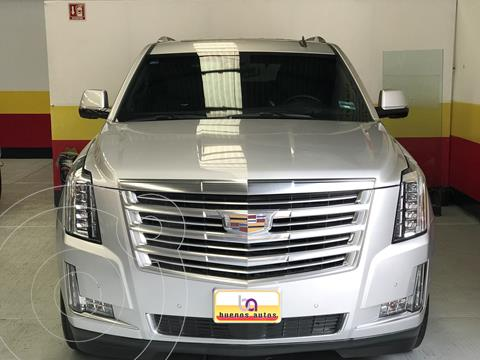 Cadillac Escalade SUV Platinum usado (2017) color Plata precio $889,900