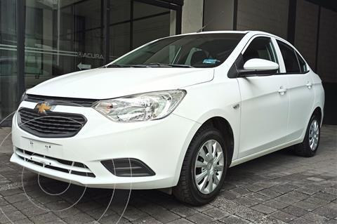 Chevrolet Aveo LS usado (2018) color Blanco precio $169,000