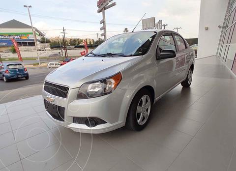 Chevrolet Aveo LS usado (2017) color Plata precio $139,000