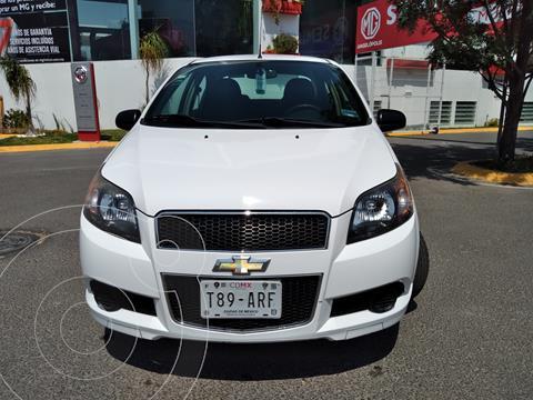 Chevrolet Aveo LT usado (2015) color Blanco precio $215,000