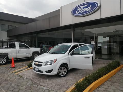 Chevrolet Aveo LS usado (2018) color Blanco precio $138,005