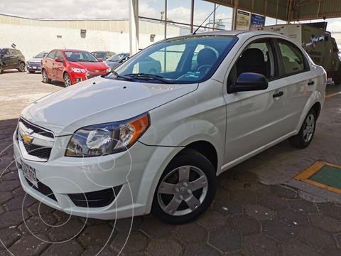 Chevrolet Aveo LS usado (2018) color Blanco financiado en mensualidades(enganche $40,000 mensualidades desde $4,697)