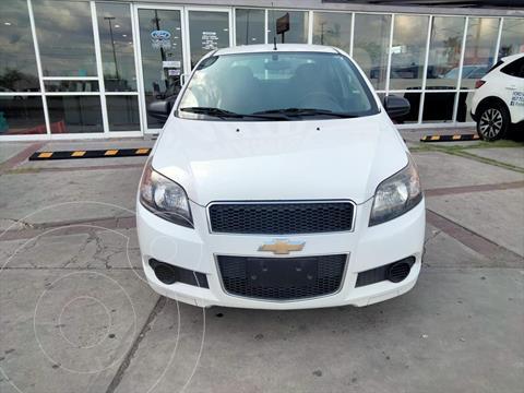 Chevrolet Aveo 4P LS L4 1.6 AUT usado (2015) color Blanco precio $159,900