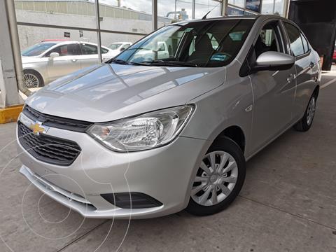 Chevrolet Aveo LS usado (2020) color Plata financiado en mensualidades(enganche $48,750 mensualidades desde $3,979)