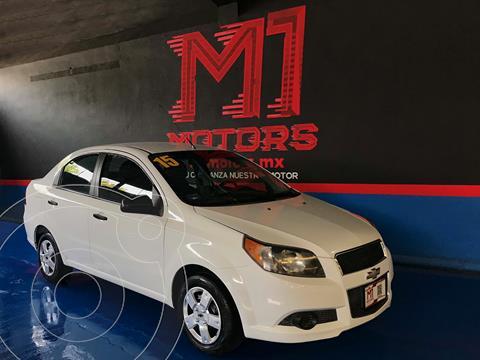 Chevrolet Aveo LS usado (2015) color Blanco financiado en mensualidades(enganche $72,000 mensualidades desde $4,700)