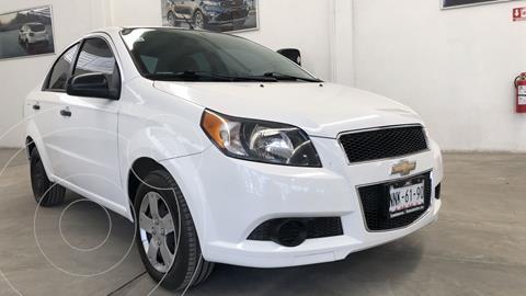 Chevrolet Aveo LS usado (2015) color Blanco financiado en mensualidades(enganche $36,435 mensualidades desde $2,692)