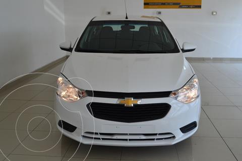Chevrolet Aveo LS Aut usado (2020) color Blanco precio $200,000